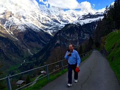 Hiking to Murren