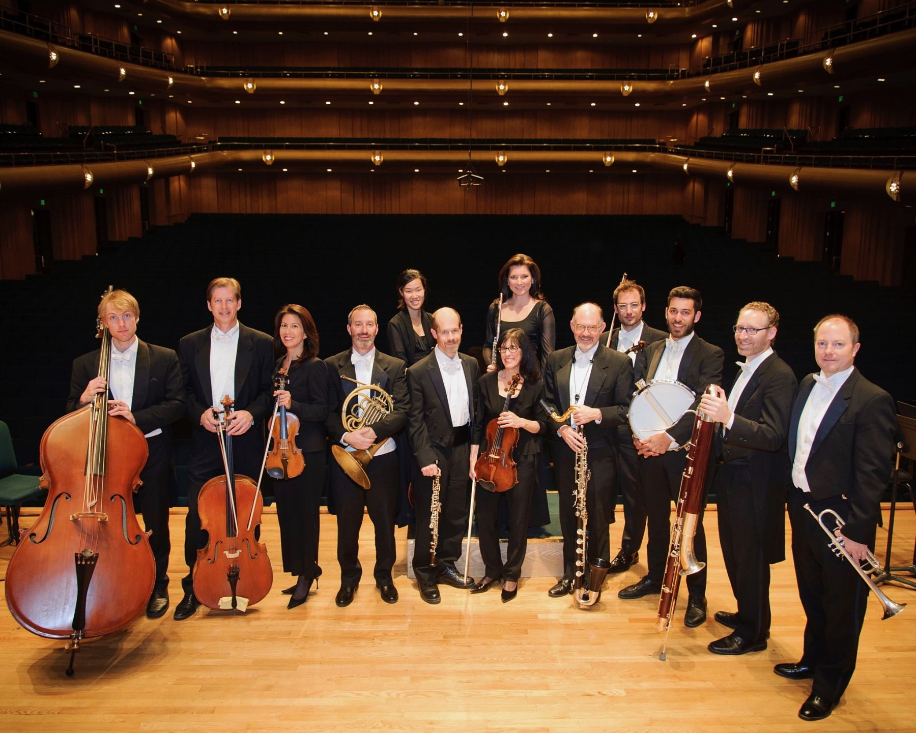 Jens Tenbroek, bass; John Eckstein, cello; Yuki MacQueen, violin; Stephen Proser, horn; Anne Lee, cello; James Hall, oboe; Roberta Zalkind, viola; Mercedes Smith, flute; Lee Livengood, clarinet; Claude Halter, violin; Eric Hopkins, percussion; Leon Chodos, bassoon; Jeff Luke, trumpet